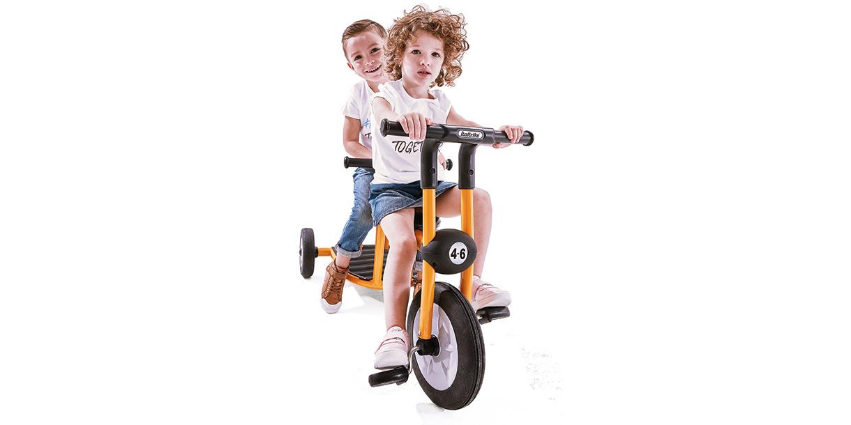 dreirad-fuer-zwei-kinder-italtrike-3