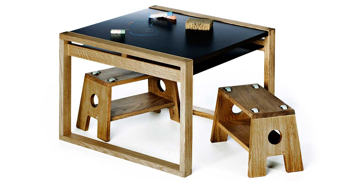 spieltisch-fuer-kinder-frame-table-by-collect-furniture-3