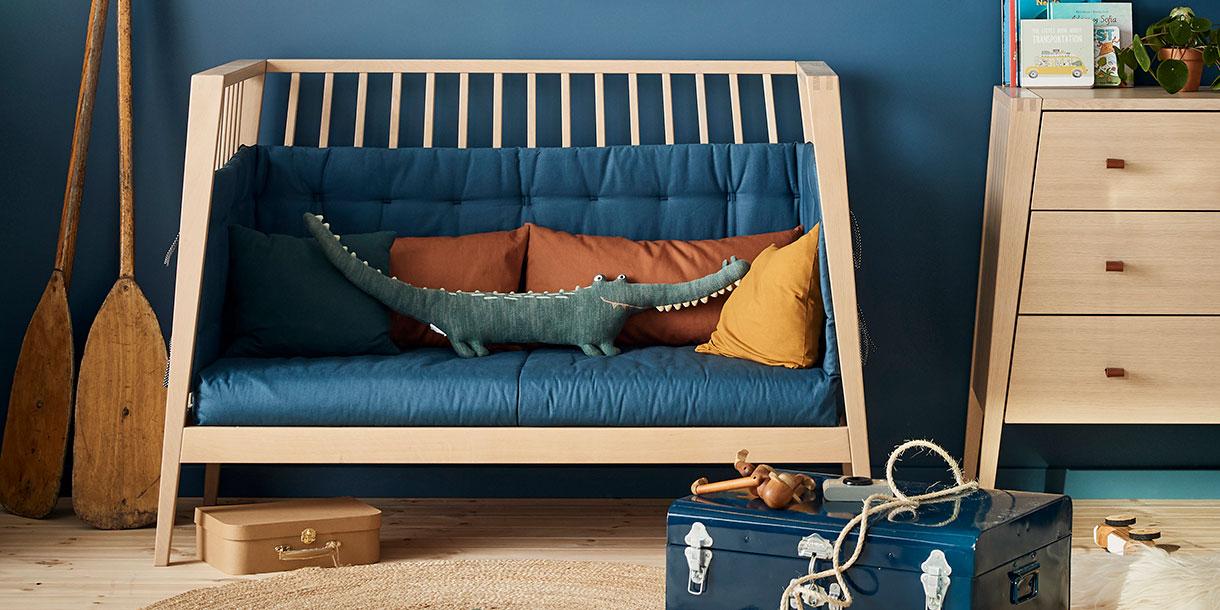 design-kindermobel-babybett-mitwachsend-linea-kommode-leander-7