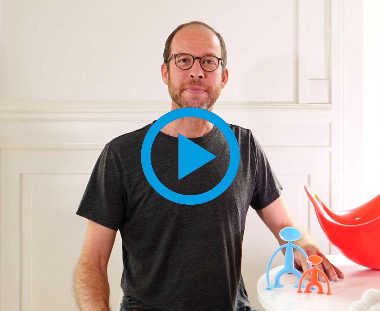 moluk-alex-hochstrasser-toy-designer-still