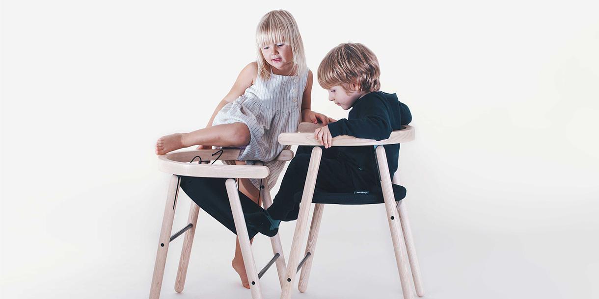 ergonomische-bio-kindermboebel-ika-chair-tink-things-studio-3