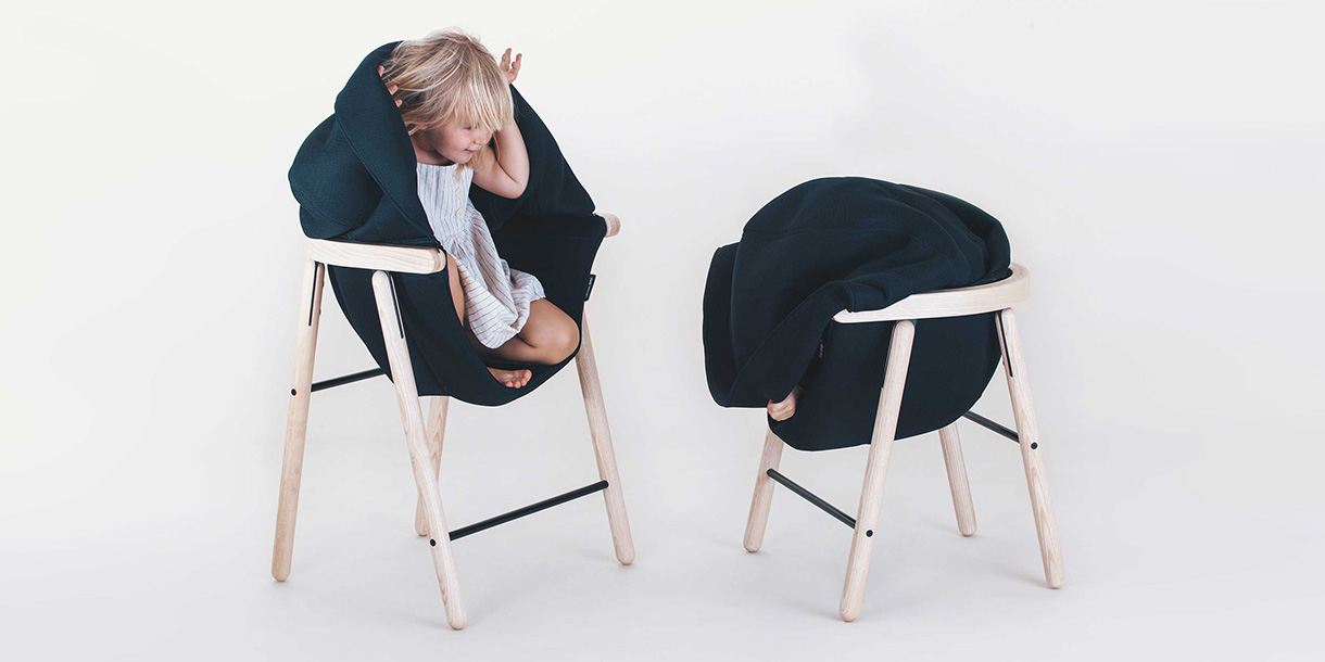 ergonomische-bio-kindermboebel-mia-hoodie-chair-tink-things-studio-8